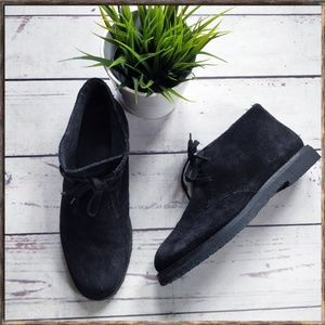 VINCE Black Suede Wool Lined Chucka Boots 9.5